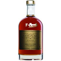 https://www.cognacinfo.com/files/img/cognac flase/cognac julien foucher vsop_2a7a3582.jpg